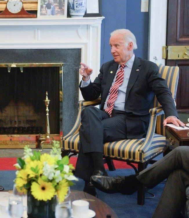 Джозеф Байден на встрече с Арсением Яценюком в США