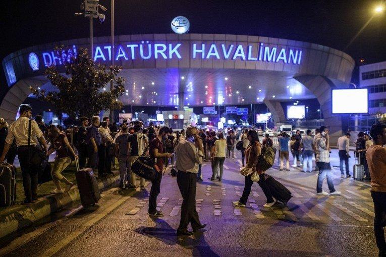 Картинки по запросу стамбульский аэропорт Ататюрка