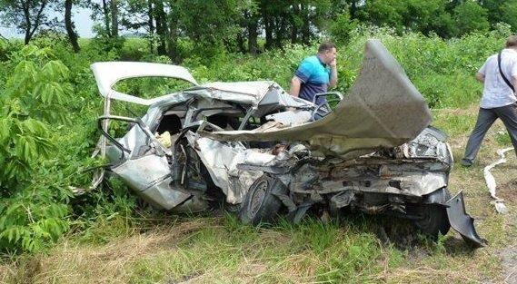 Последствия ДТП с участием авто СБУ в Кировоградской области