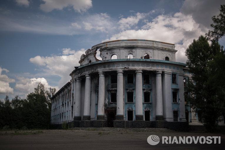 Большинство граждан Донбасса хотят жить вгосударстве Украина — Порошенко