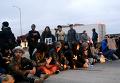 Протесты против убийства афроамериканцев в Калифорнии. Видео