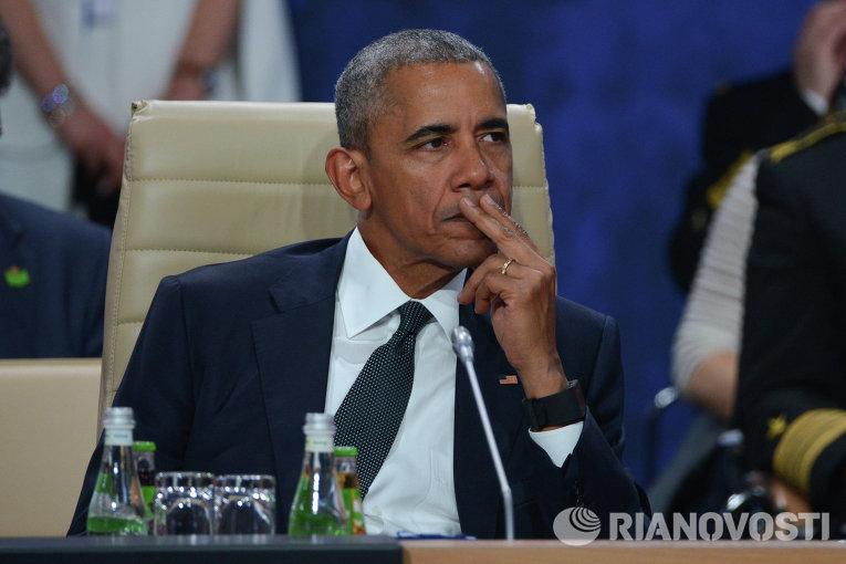 Президент США Барак Обама во время саммита НАТО в Варшаве
