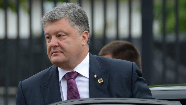 Президент Украины Петр Порошенко, прибывший на саммит НАТО в Варшаве
