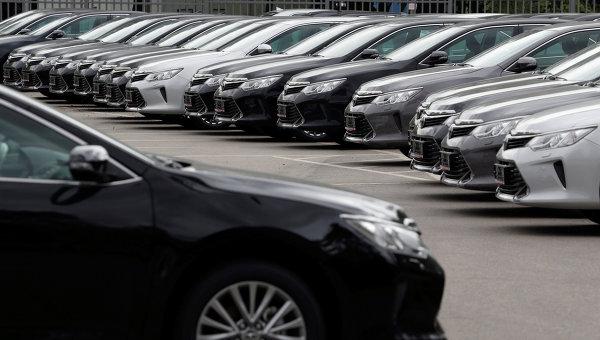 Автомобили Toyota. Архивное фото