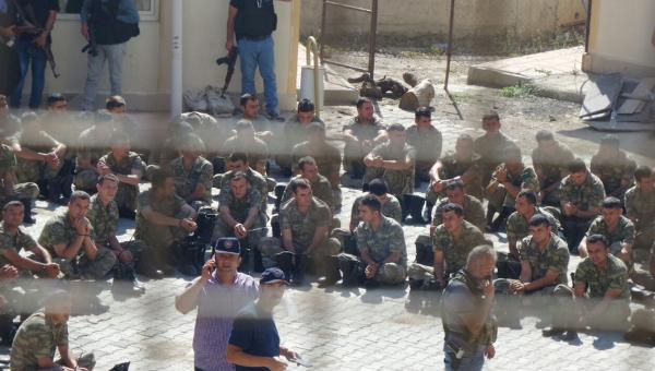 Массовые аресты подозреваемых в перевороте в Турции