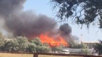 В Крыму загорелось здание фестиваля Казантип. Видео