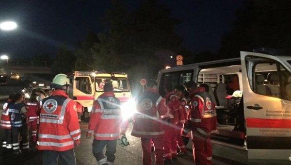 Унапавшего напассажиров поезда с тесаком отыскали флаг ИГ— МВД Баварии