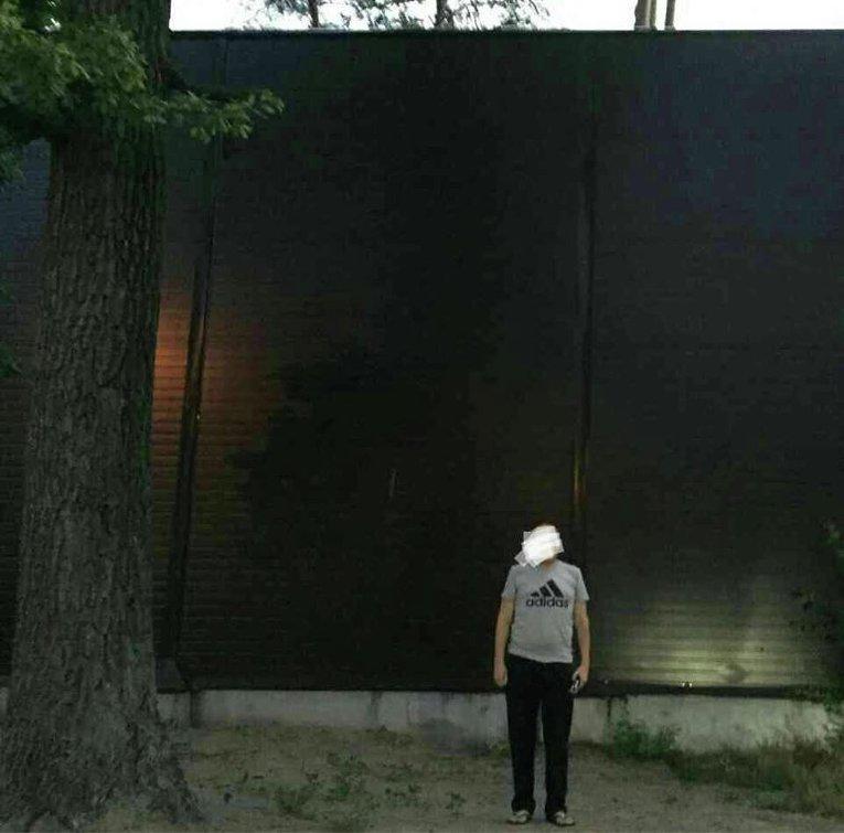 Забор в одном из домов, в которых проходил обыск по делу о хищении леса в Буче и Ирпене