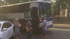 В центре Днепра бандиты ограбили автобус с предпринимателями