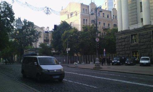 На углу улицы Грушевского и Садовой 27 июля