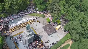 Крестный ход и молебен в Киеве с высоты птичьего полета. Видео