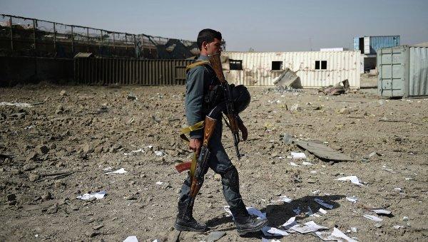 Спецслужбы Афганистана на месте взрыва в Кабуле. Архивное фото