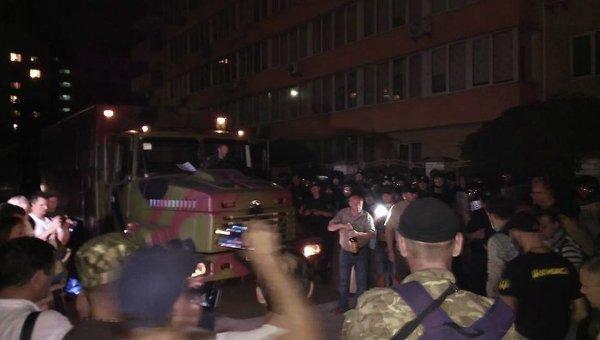 Протесты под Оболонским судом в ночь на 3 августа. Дело Торнадо