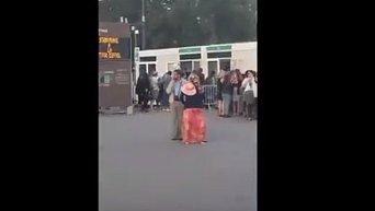 Эвакуация из Эйфелевой башни. Видео