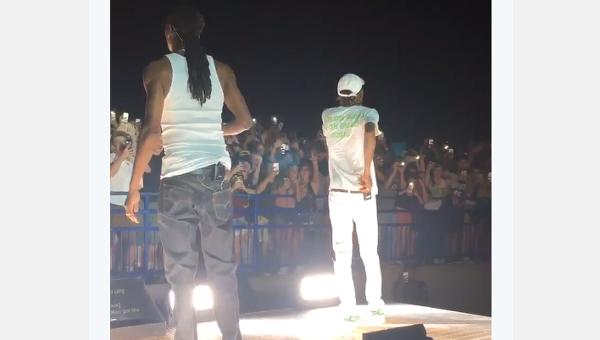 Падение ограждения в штате Нью-Джерси на концерте Snoop Dogg