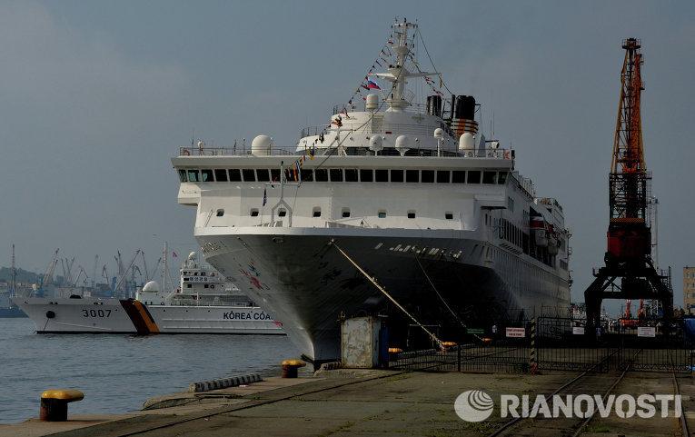 1-ый круизный лайнер изКитая ожидают воВладивостоке