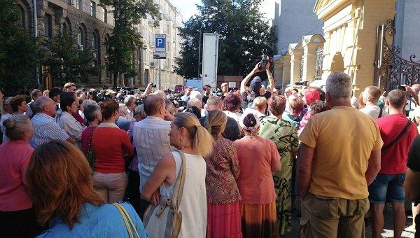 Савченко желает договориться спрезидентом обобмене пленными