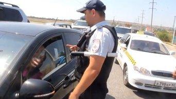 У водителей сдают нервы в очереди на Керченскую переправу