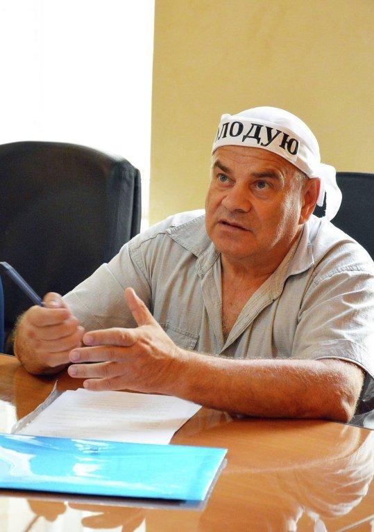 Совершивший попытку самосожжения шахтер Виктор Трифонов