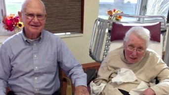 В США супруги после 60 лет совместной жизни умерли с разницей в 10 минут. Видео