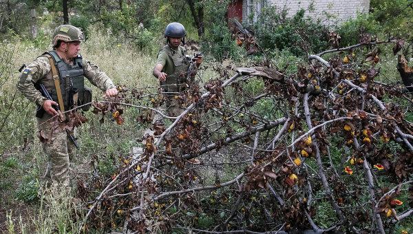 Боевики обстреляли позиции ВСУ налуганском направлении из нелегальной артиллерии игранатометов