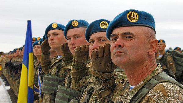 Военнослужащие в Киеве. Архивное фото