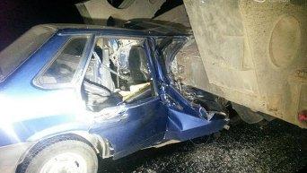 Под Мариуполем в ДТП с военной техникой погибла женщина