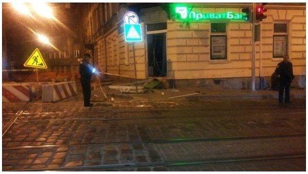 Взрыв банкомата во Львове