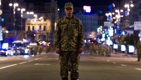 Ночная репетиция военного парада на Крещатике