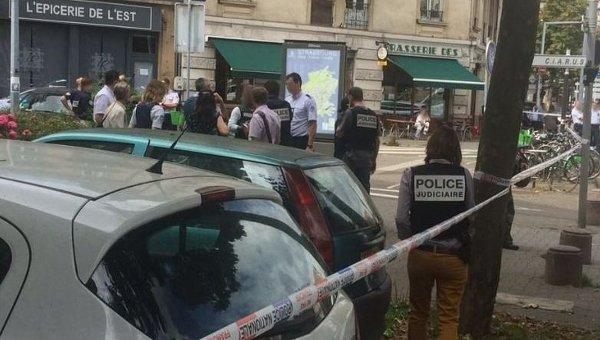 Араб скриками «Аллах акбар» ударил еврея ножом вСтрасбурге
