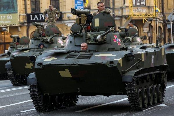 Репетиция военного парада ко Дню независимости на Крещатике