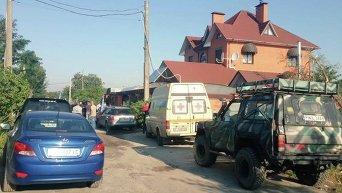 Автомайдан устроил пикет у дома экс-начальника ГАИ