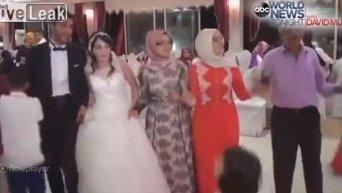 Момент взрыва на свадьбе в Турции