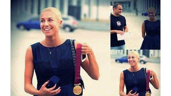 Украинская гимнастка Годунко продала свою медаль, чтобы помочь ВСУ
