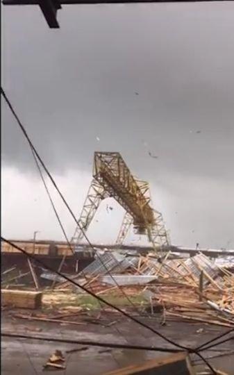 Cмерч и торнадо в Сыктывкаре