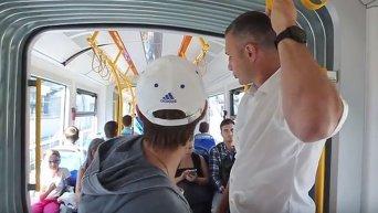 Кличко проехался в польском трамвае