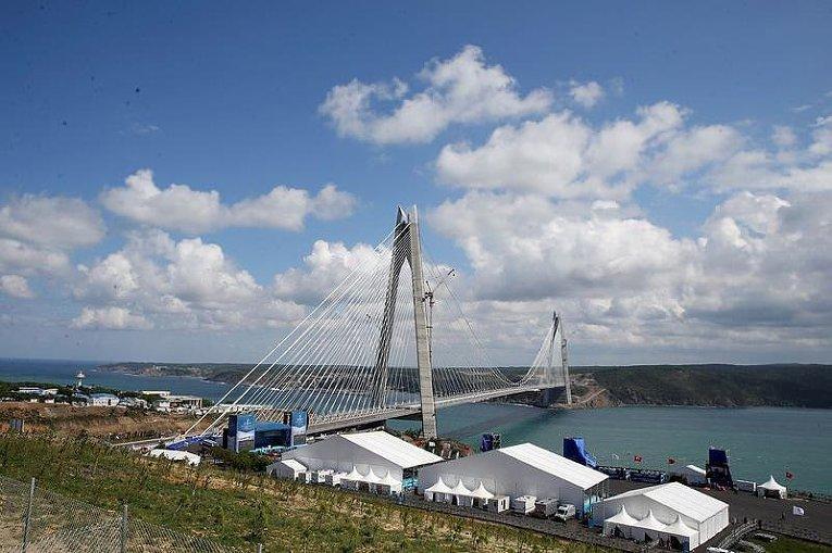 Третий мост через пролив Босфор откроется сегодня вСтамбуле