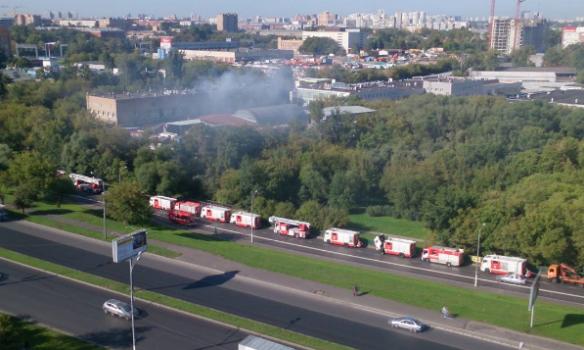 Жертвы пожара наскладе всеверо-восточной части столицы задохнулись восне
