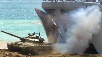 Высадка десанта ЧФ РФ на необорудованное побережье в Крыму. Видео