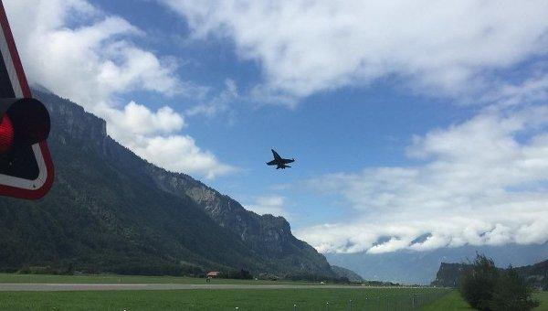 Истребитель швейцарских ВВС F/A-18 C