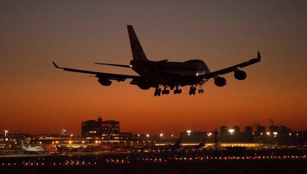 Самолет Boeing 747