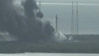 Взрыв на пусковой платформе SpaceX в США