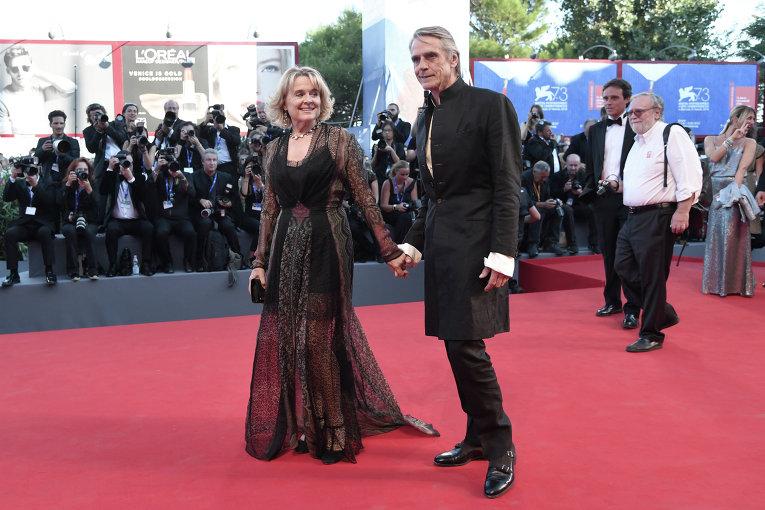 Венецианский кинофестиваль. Актёр Джереми Айронс.
