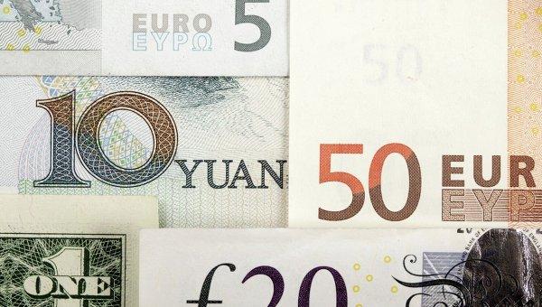 Мировые валюты: китайский юань, доллар США, евро, британский фунт