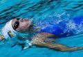 Дарина Зевина (Украина) на дистанции 200 метров на спине среди женщин на этапе Кубка мира FINA по плаванию в Москве