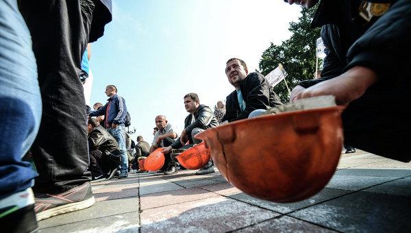 Митинг шахтеров у Рады