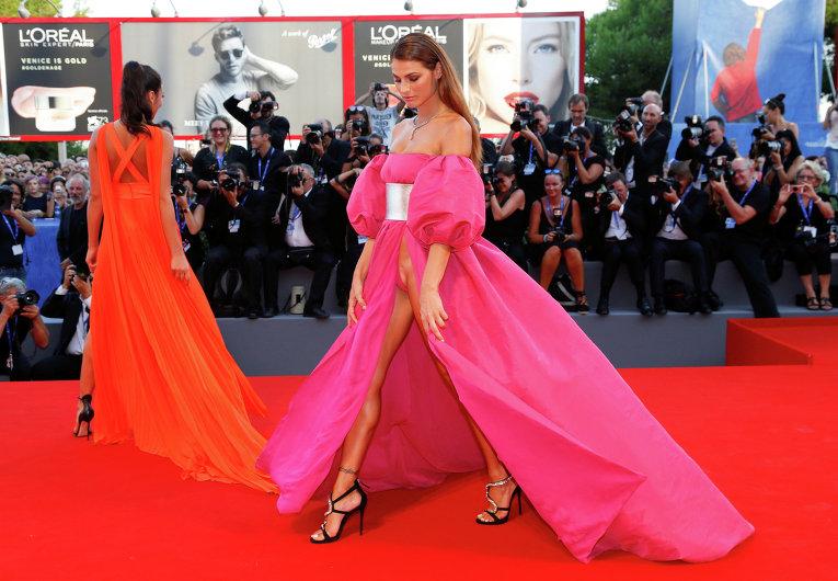 Откровенные наряды на Венецианском кинофестивале