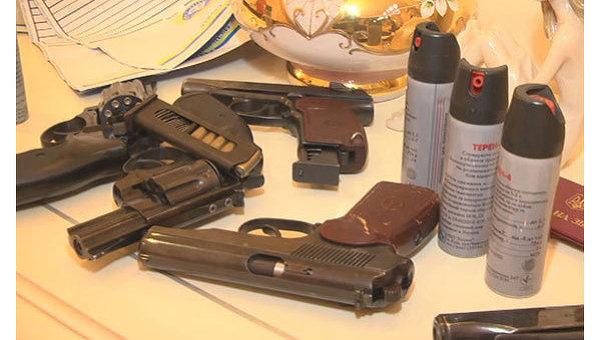 Инспектор харьковской милиции заденьги выдавала кому угодно разрешения наоружие