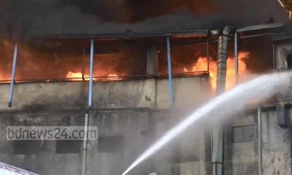 Пожар на фабрике в Бангладеш