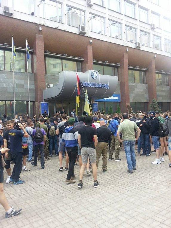 Азов вернулся под Киевгорстрой
